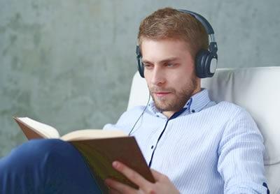 La Comodidad de leer en un sillón El Paraiso